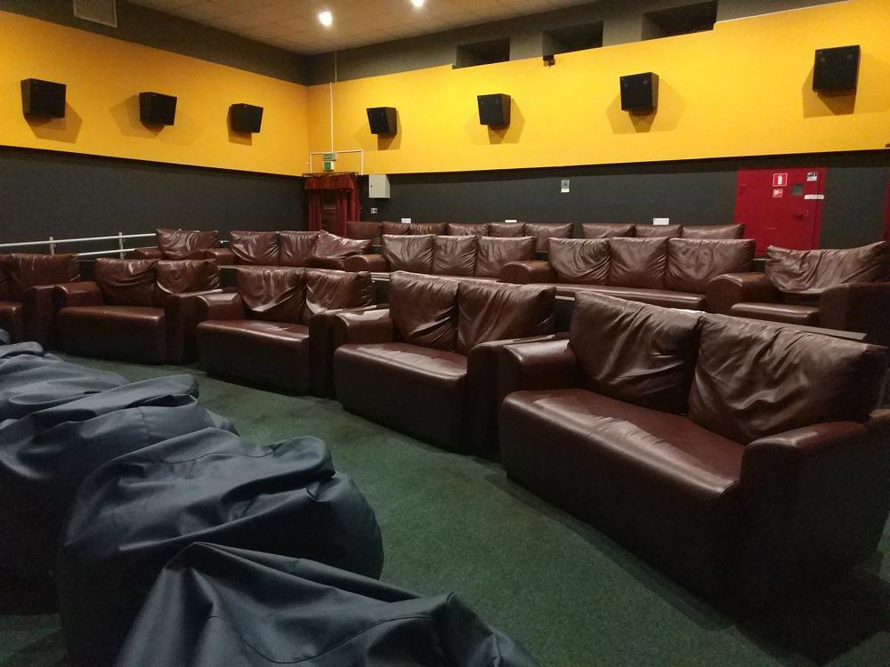 Афиша кинотеатра октябрь борисов кино афиша спб театр на завтра